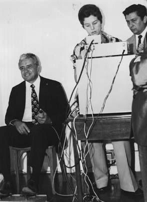Foto de 1974 - Convênio com o DETRAN para exames psicotécnicos é consolidado
